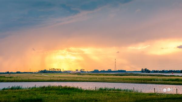 Woordloze Woensdag Vlammende Zonsondergang Merwede Biesbosch Werkendam